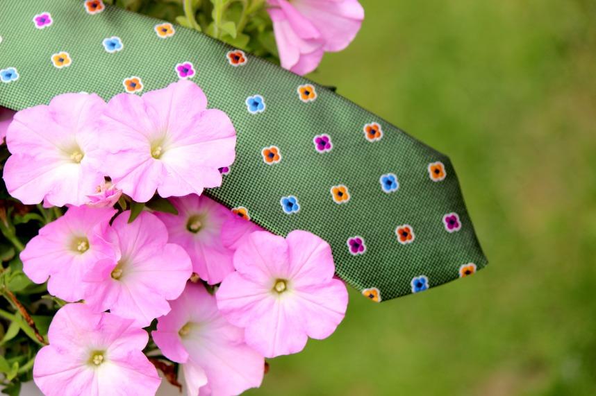 Floral Necktie1